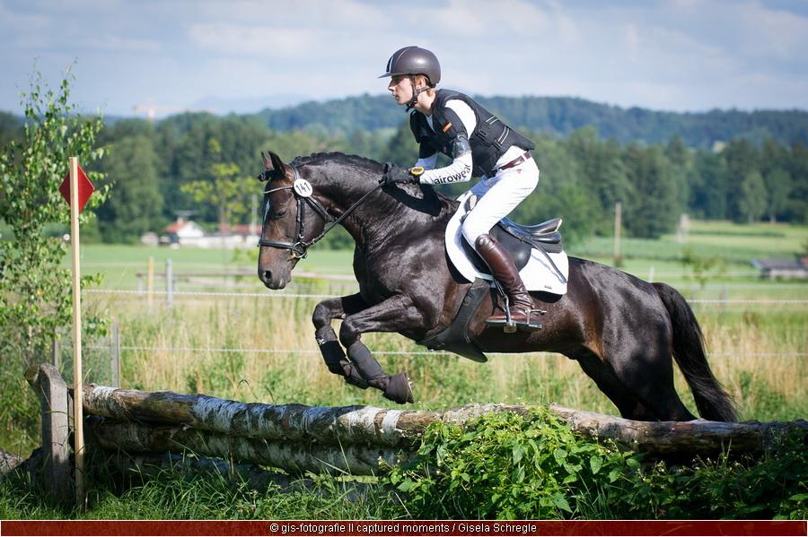 Felix Herzog Bayerischer Meister Vielseitigkeit Pony